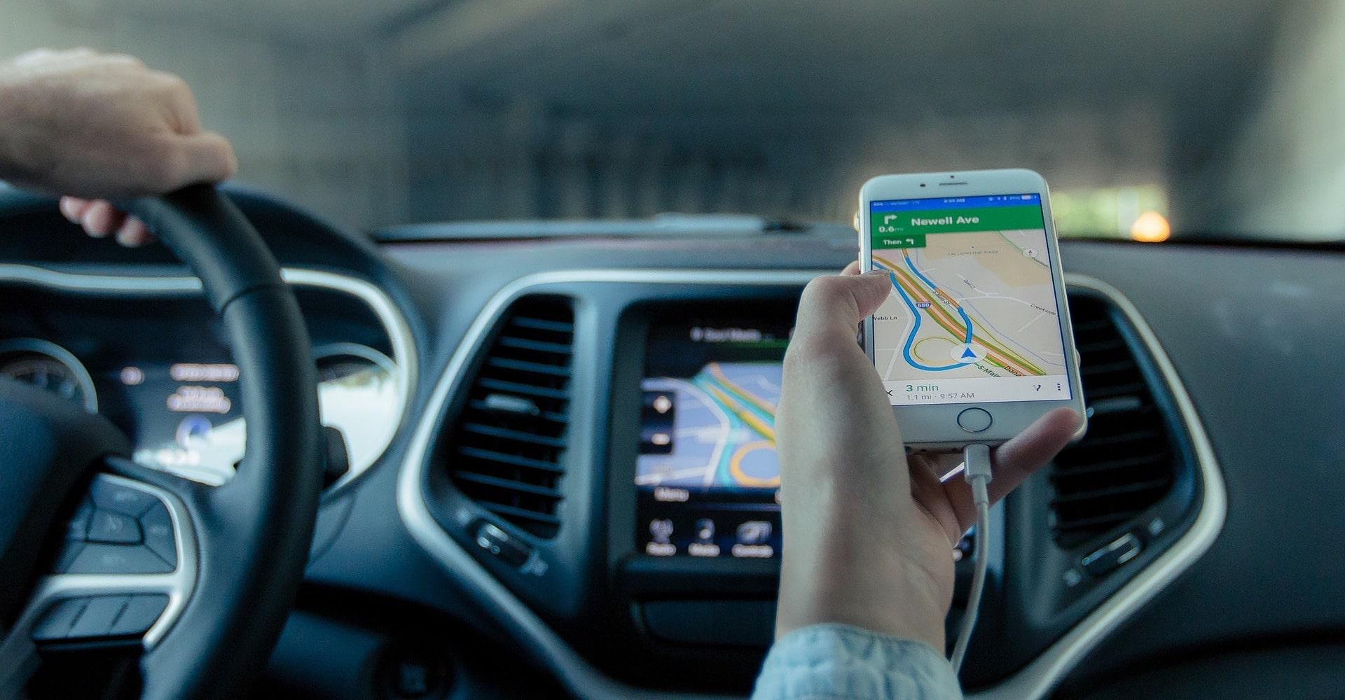 Guide pour choisir un support téléphone pour voiture